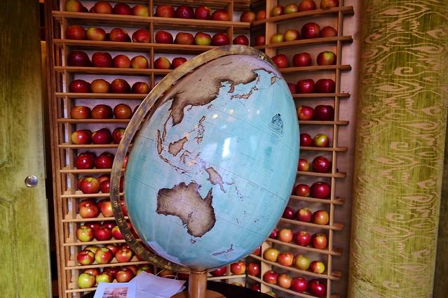 Bellerby's Egg Globe